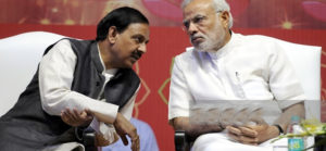 mahesh-sharma with narendra modi